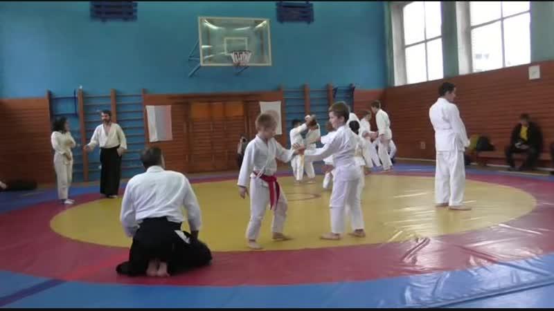 Семинар Fiordineve Cozzi сенсея 6 й Дан Италия День Второй Тренировка для старших детей
