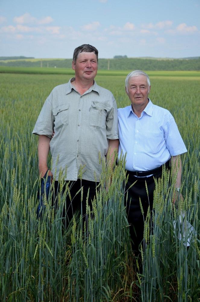 Воробьевы (отец и сын): Владимир Александрович (справа) и Александр Владимирович (слева)