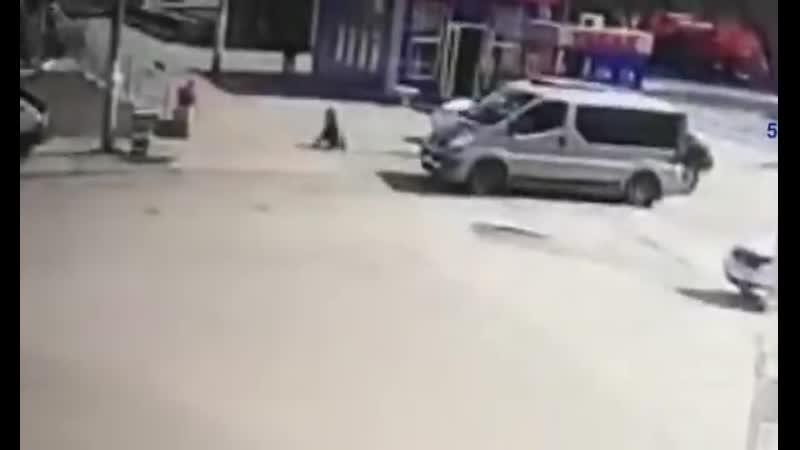 В Орске водитель наехал на 12 летнего ребенка, мальчик погиб.