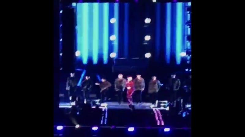 [180825] Seesaw performansı_ - - BTSLoveYourselfTour - -
