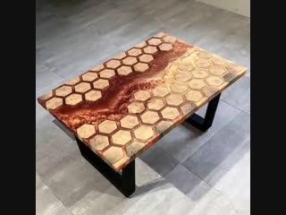 Симпатичный столик: эпоксидка и дерево - vk.com/tricks_lf