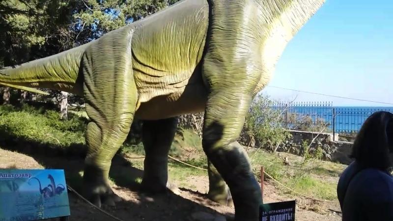 Обитатели Дино-парка. Живые динозавры