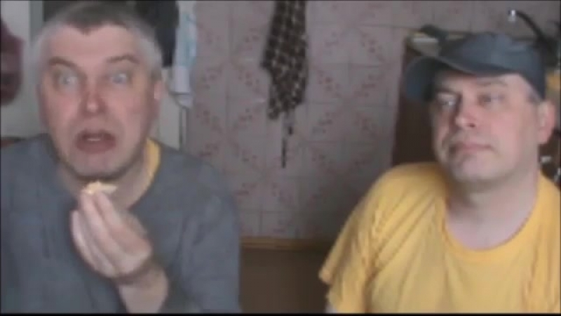 Братья Геннадий и Гена снимают видео