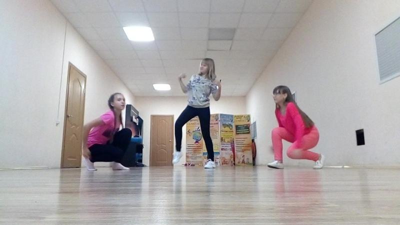 {NON DANCE} BLACKPINK - SO HOT DANCE COVER BY JEON JIYOON,PARK LEEYONG AND KAN JEYONG