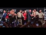 архив Conor McGregor vs Nate Diaz.
