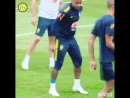 Неймар покинул тренировку сборной Бразилии через пять минут после начала