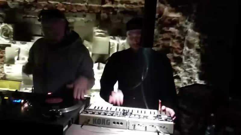 G FUNK FLAVA live in vinylvino