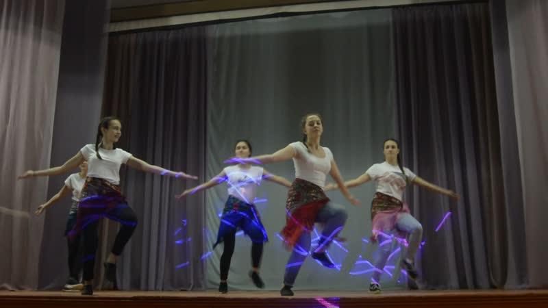 Калинка- малинка в исполнении группы Молодежь