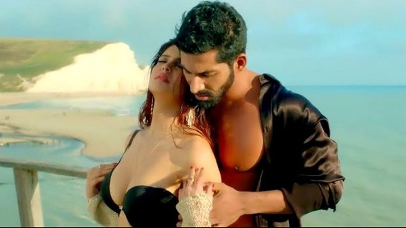 Tum Mere Ho (Video Song) | Hate Story IV | Vivan Bhathena, Ihana Dhillon | Mithoon, Jubin