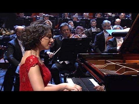 Khatia Buniatishvili✮♫ Menuett in B-Dur HWV 434 von G.F. Händel