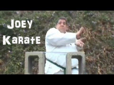 Джои Диаз против отряда убийц