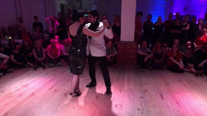 Ariadna Naveira y Fernando Sanchez 15 years el abrazo Hamburg Chiqué