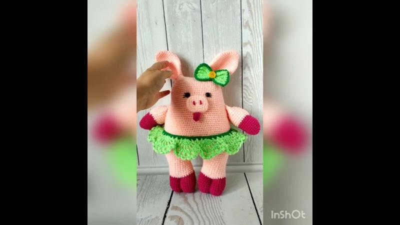 Свинка-балеринка