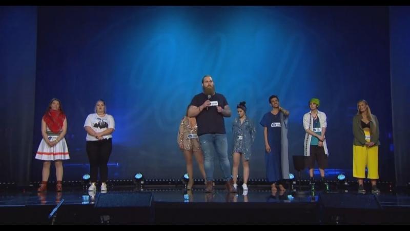 Förväntansfulla Deltagare Söker Sig Till Idol 2018:s Auditionturné.(Idol Sverige 2018. 20.08.2018.)