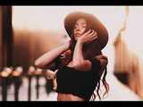 Sunset natural light portrait photography behind the scenes w Arial