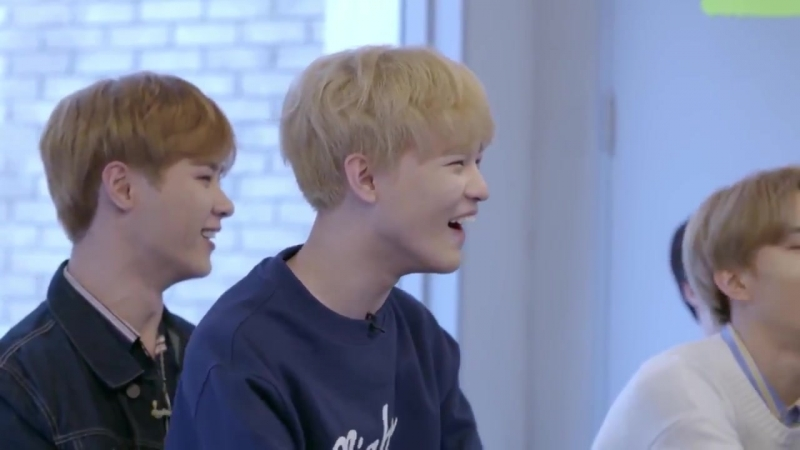 Chenle and Lucas tried copying Ten's gaze as expected from 2 of Nct's most extra members