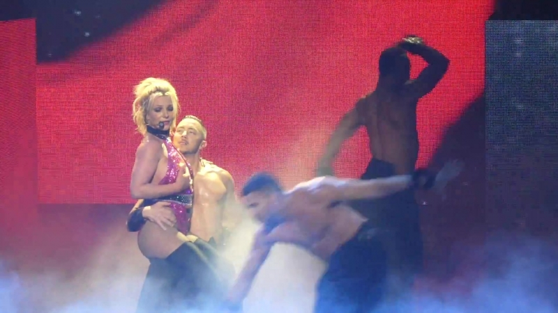 """""""Baby One More Time Ooops! I Did It Again"""" Britney Spears@MGM Oxon Hill, MD 7⁄13⁄18"""