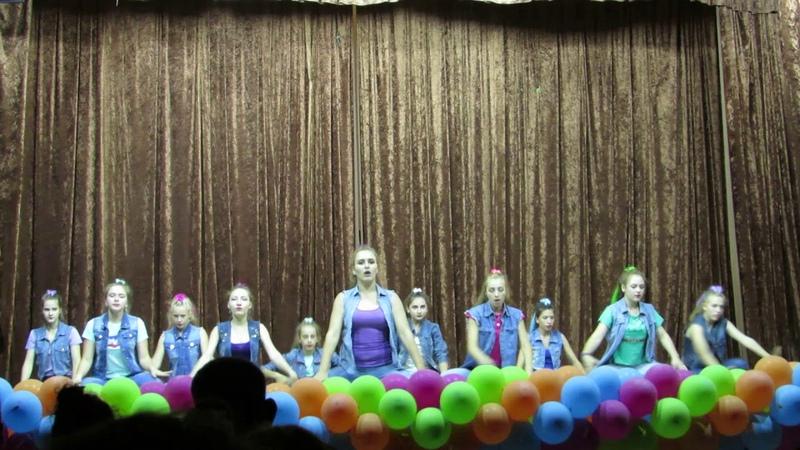 Танцювальний колектив Імпульс на фестивалі Відчуй Схід в Урзуфі 2018