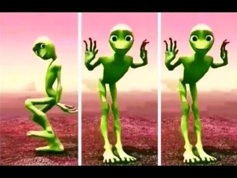 Зелёный человечек танцует. Dame Tu Cosita. Полное видео. Green man dance, full video.