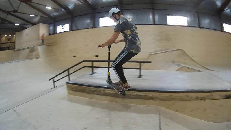 изи трюки на самокате в скейтпарке ksspark 20180809