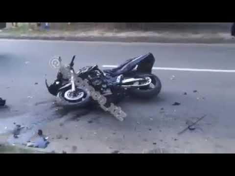 Видео с места гибели двух мотоциклистов в Харькове 10 07 2018