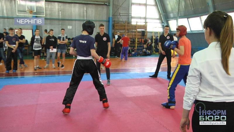 Чернігівські кікбоксери привезли чемпіонське золото з Греції