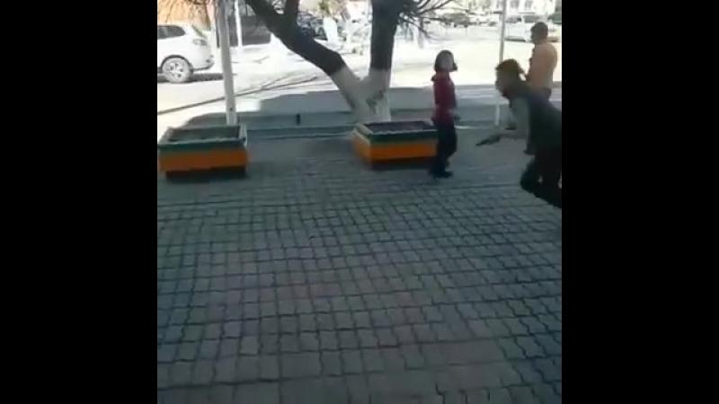 Қызылорда көшесінде тапа тал түсте болған атыс жұртты шошытты видео
