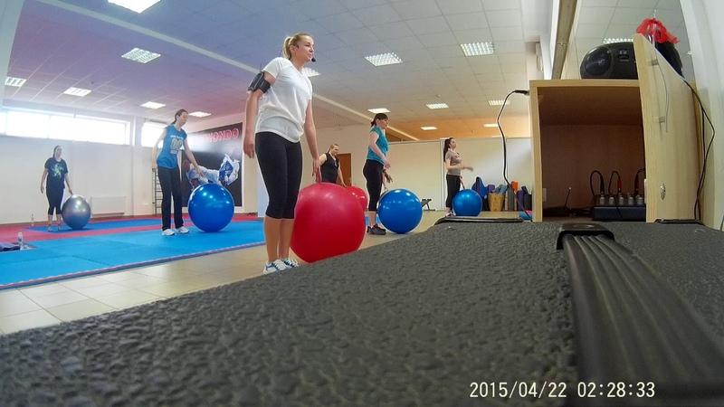 Фитбол. тренировка в фитнес клубе(часть 1)