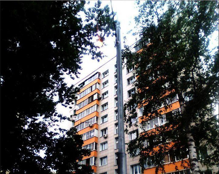 Освещение восстановили во дворе на Зеленоградской улице