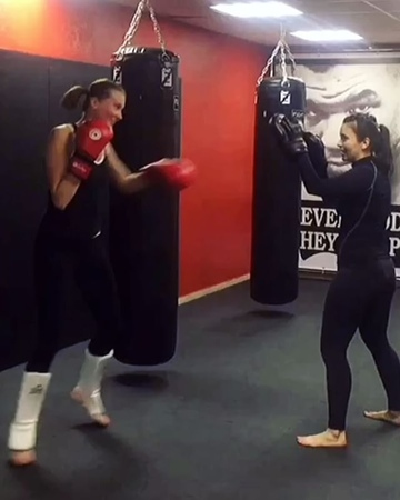 Kickboxing_girls_ video