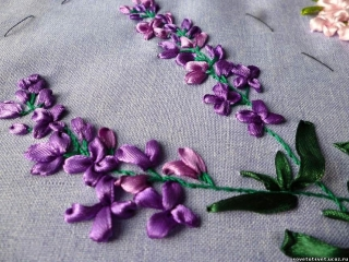 Лаванда вышитая атласной лентой - lavender embroidered with satin ribbon