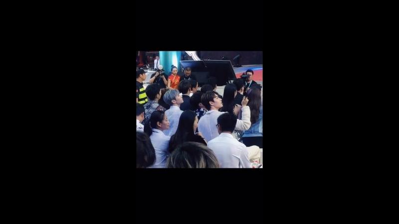 270618 Meitu T9 presentation (ONER fancam)