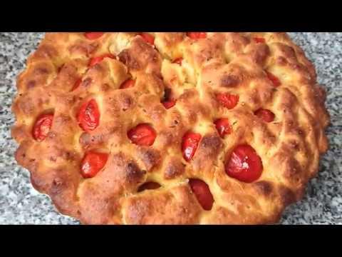 Focaccia Pugliese o Barese Настоящая итальянская фокачча с помидорами черри