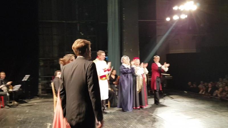 Музыкальный театр Ирины Комаровской аншлаги на спектакле Евгений Онегин