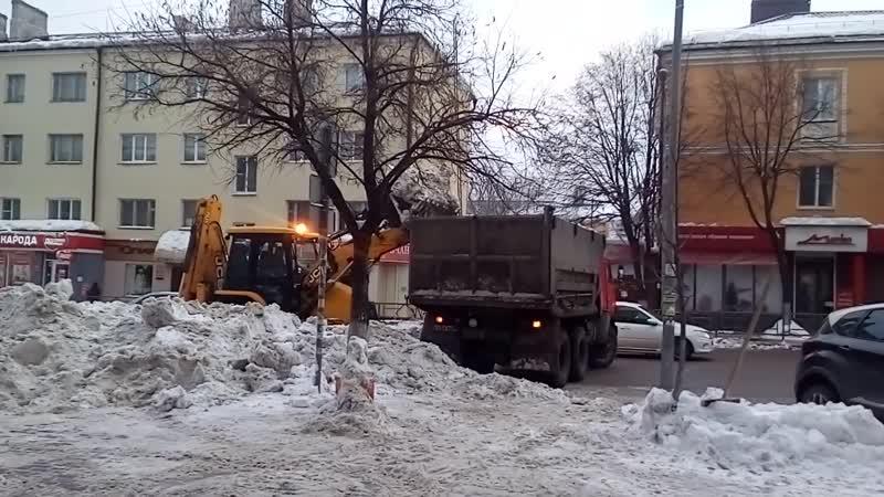 Уборка снега в Липецке