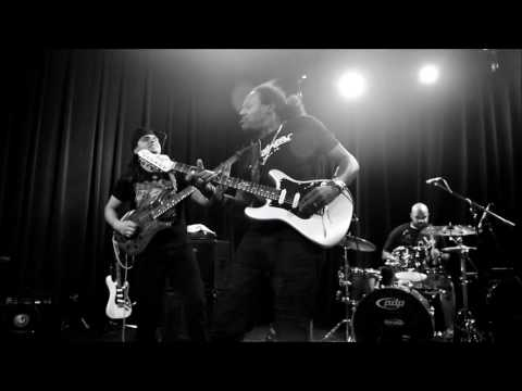 Eric Gales Band Baby Please Don't Leave Me 6-23-17