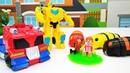Transformers şehri kurtarıyorlar. Uzaylılar Lego şehrine gelmilşler!