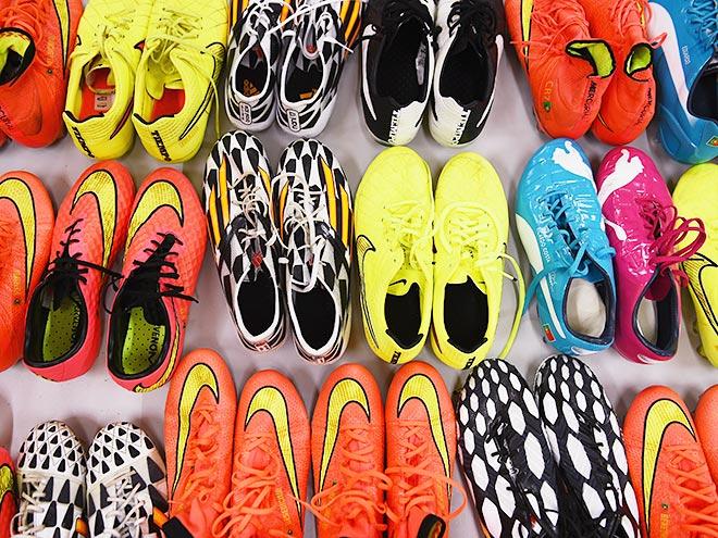 f08a7718 Футбольные бутсы или «ботинки для футбола» (по стариковски), а еще