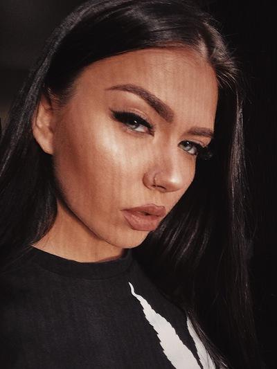 Ната Степанова
