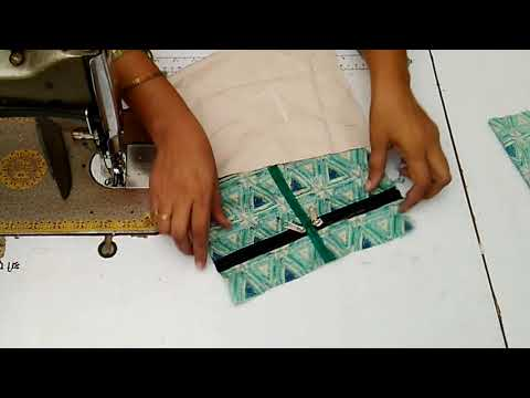 How To Make Zippered Fabric Purse At Home || How To Reuse Old Cloth || DIY Ladies Purse