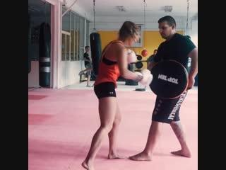 Подготовка женщин бойцов Кёкусинкай карате https://vk.com/oyama_mas