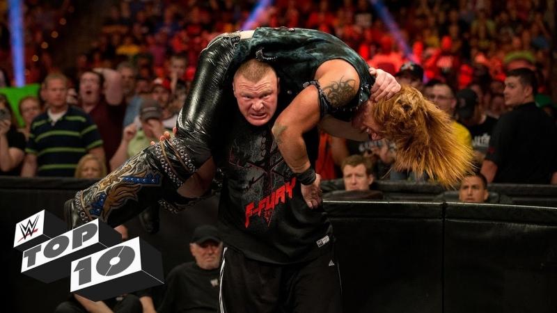 [WWE QTV]☆[Top 10]Brutal barricade attacks]