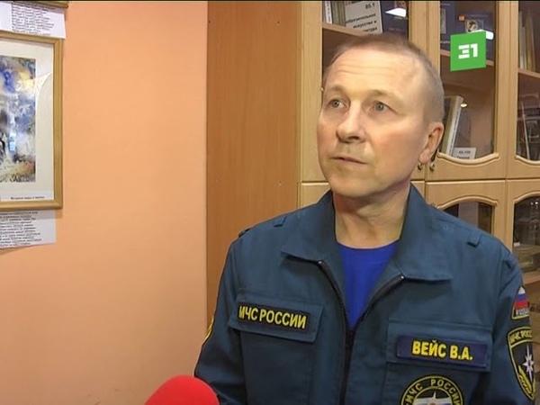 Челябинский пожарный создал собственную выставку экспрессивных полотен