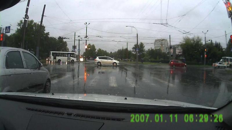 ДТП на Лукашевича-Дианова-Ватутина