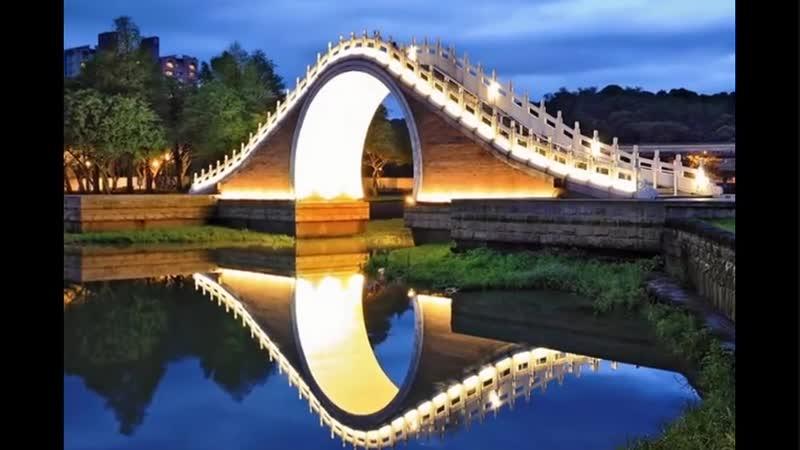 Тайвань, Лунный мост в Тайбэе