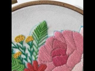 Милая цветочная вышивка от Екатерины Гусевой