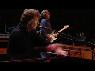 Eric Clapton and Steve Winwood - Little Wing 2009
