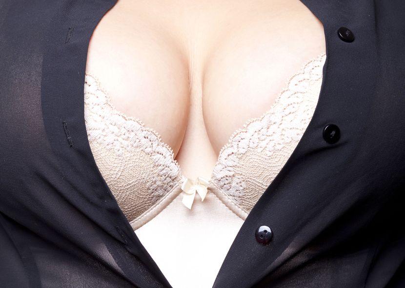 Rothaarige Fotze sucht Sextreffen in Wiesbaden