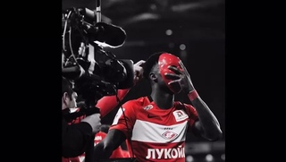 "Quincy Promes on Instagram: ""I hope you enjoyed the MASK show..🎭 🎭 🎭 #QP10 #MASK #Spartak @mask.qp"""