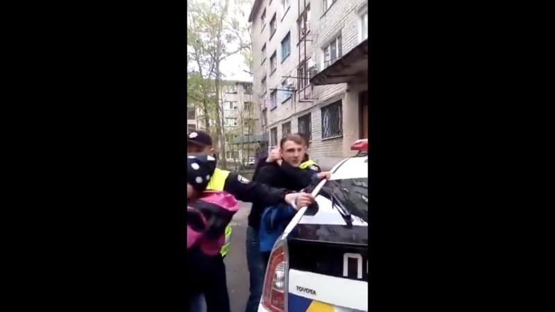 Україна.Поліція працює!